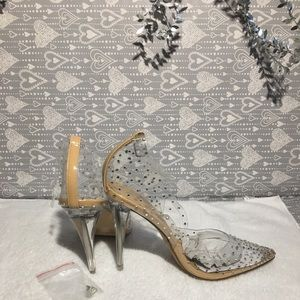 New clear pumps from shoedazzle...